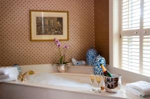 Akril fürdőkád felújítása házilag